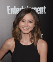 Kimiko Glenn styled her shoulder-length hair with edgy-sexy waves for the Entertainment Weekly SAG Awards nominee celebration.