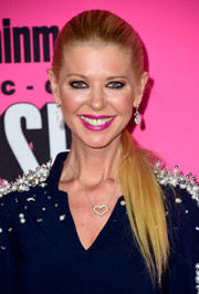 Tara Reid brushed her hair back into a sleek ponytail for the Entertainment Weekly Comic-Con party.