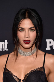 Jenna Dewan-Tatum amped up the sultry vibe with a red pout.