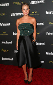 Kaley Cuoco made a classy choice with this two-tone Christian Siriano strapless dress, featuring a studded bodice and an A-line skirt, for the Entertainment Weekly pre-Emmy party.