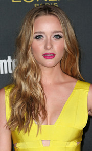 Greer Grammer's berry lipstick contrasted beautifully with her yellow dress.
