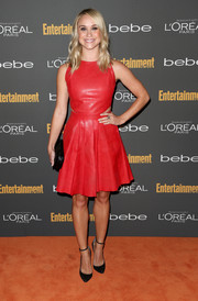 Becca Tobin kept it chic all the way down to her black ankle-strap pumps.