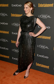 Anna Chlumsky complemented her sophisticated evening dress with a pair of silver pointy pumps for the Entertainment Weekly pre-Emmy party.