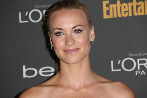 More Pics of Yvonne Strahovski Ponytail (1 of 7) - Yvonne Strahovski Lookbook - StyleBistro