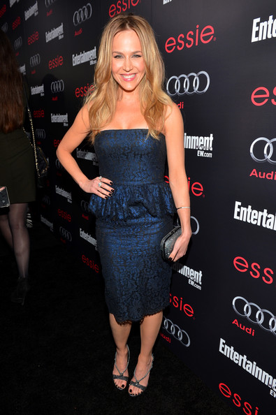 More Pics of Julie Benz Hard Case Clutch (2 of 4) - Clutches Lookbook - StyleBistro