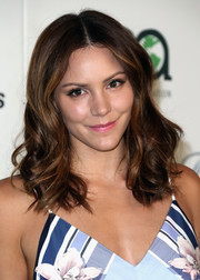 Katharine McPhee looked pretty with her center-parted waves at the EMA Awards.