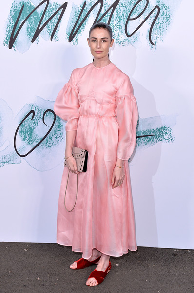 Erin O'Connor Flat Sandals [pink,clothing,fashion,costume,fashion design,carpet,dress,robe,peach,flooring,arrivals,erin oconnor,london,england,the serpentine gallery,serpentine galleries summer party,the serpentine galleries summer party]