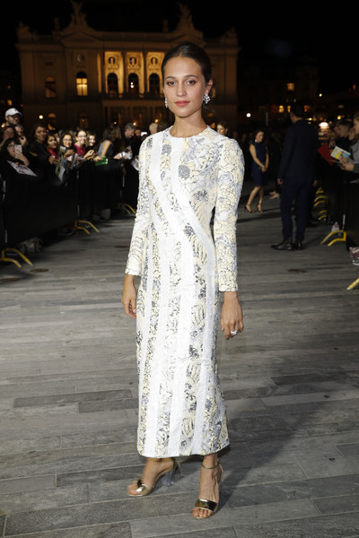 Look of the Day: October 2nd, Alicia Vikander