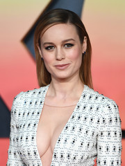 Brie Larson went for a no-frills straight, side-parted hairstyle during the European premiere of 'Kong: Skull Island.'