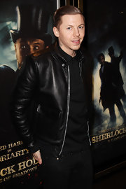 Professor Green looked oh-so-suave in his black leather jacket at the premiere of 'Sherlock Holmes 2.'