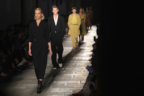 Eva Herzigova Pantsuit [runway,fashion,fashion show,fashion model,fashion design,event,human,haute couture,night,suit,eva herzigova,bottega veneta - runway,runway,milan,italy,bottega veneta,milan fashion week,show,milan fashion week spring]