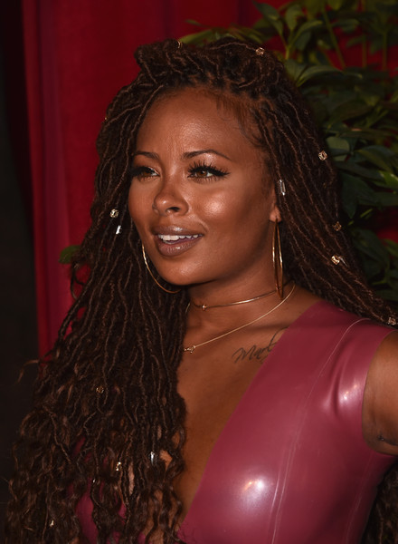 Eva Marcille Dreadlocks Lookbook - StyleBistro
