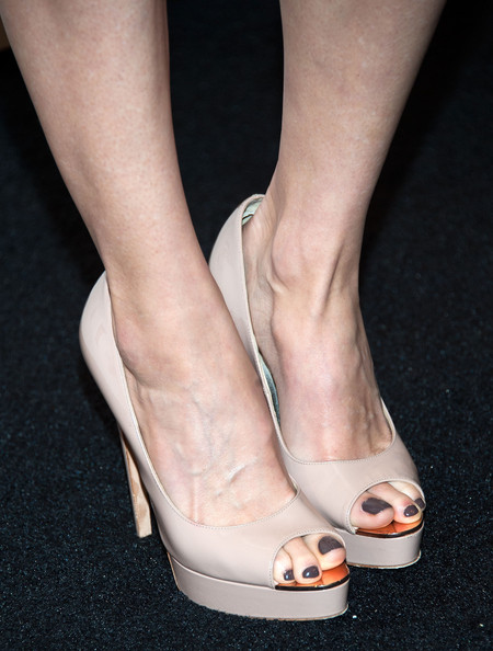 More Pics of Heather Graham Peep Toe Pumps (2 of 7) - Heather Graham Lookbook - StyleBistro