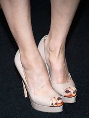 Heather Graham chose a pair of nude peep toes to pair with her fuchsia cocktail dress at 'An Evening.'