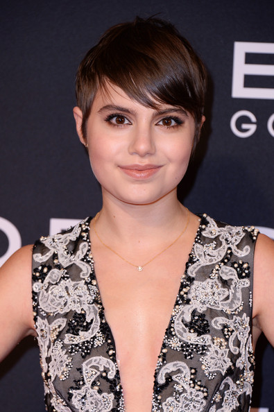Sami Gayle looked cute with her emo bangs at the New York premiere of 'Exodus: Gods and Kings.'