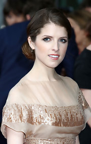 Anna Kendrick wore her hair swept back in a sleek classic bun for the premiere of 'What to Expect When You're Expecting.'