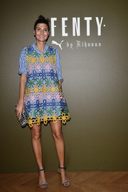 Giovanna Battaglia complemented her adorable dress with a pair of bedazzled blue sandals.