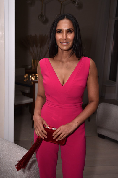 More Pics of Padma Lakshmi Tasselled Clutch (1 of 5) - Tasselled Clutch Lookbook - StyleBistro [fiji water with the cinema society host a special screening of ``captain marvel,captain marvel,pink,face,clothing,shoulder,magenta,red,fashion,beauty,lady,dress,padma lakshmi,new york city,cinema society,screening]