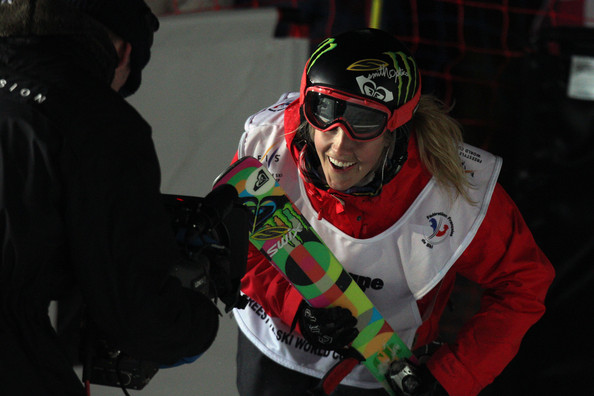 More Pics of Sarah Burke Sports Pants (1 of 16) - Sarah Burke Lookbook - StyleBistro