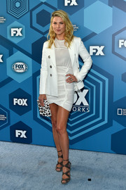 Ali Larter teamed a crisp white blazer with a ruched LWD for the Fox 2016 Upfront.