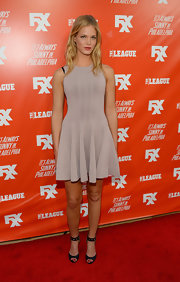 Erin Heatherton sported a feminine silhouette in this sleeveless gray fit-and-flare dress during the FXX Network launch.
