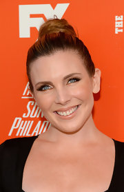 June Diane Raphael looked classic with her high bun during the FXX Network launch.