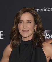 Felicity Huffman looked fabulous wearing these bouncy curls at the FYC screening of 'American Crime.'
