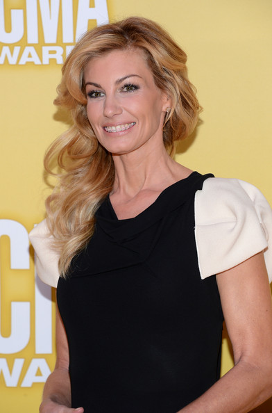Faith Hill Long Side Part