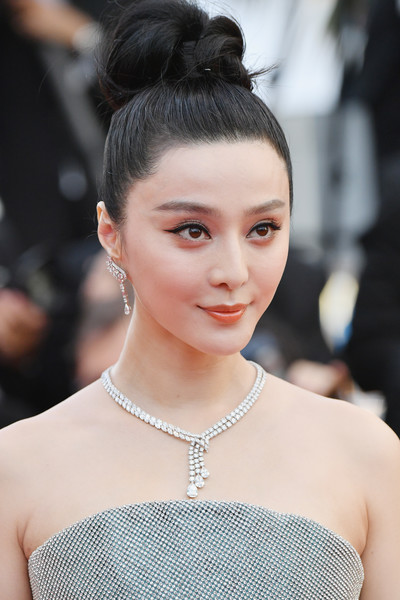 Fan Bingbing Diamond Chandelier Necklace [hair,face,hairstyle,eyebrow,beauty,lip,skin,fashion,chin,chignon,fan bingbing,screening,everybody knows todos lo saben opening gala red carpet arrivals - the 71st annual cannes film festival,everybody knows todos lo saben and the opening gala during the 71st annual cannes film festival at palais des festivals on may 8,france,cannes]