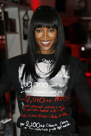 Bangs are such a good look for super-model Naomi Campbell. She showed off her jet black locks at a Fashion for Relief event.