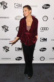 Kate Hudson kept it relaxed yet chic in a red velvet pajama blouse by Ezgi Cinar at the Fast Company Innovation Festival.