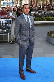 Ludacris chose a gray plaid suit for his hip and contemporary look at the premiere of 'Fast & Furious 6.'