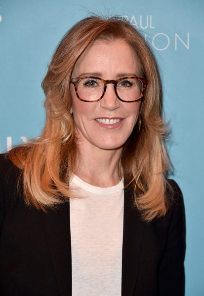 Felicity Huffman Feathered Flip [hair,eyewear,face,glasses,hairstyle,blond,vision care,long hair,smile,brown hair,arrivals,felicity huffman,los angeles,california,beverly hills,emilys list,four seasons,event,emilys list 2nd annual pre-oscars event]
