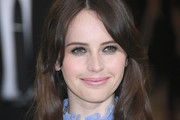 Felicity Jones Medium Wavy Cut