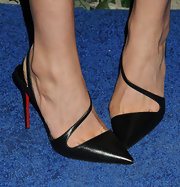 Lily Aldridge chose a pair of classic strappy black slingbacks for a super sophisticated look.