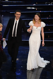 Bianca Balti looked like an angel at the closing night of the Festival di Sanremo 2013 in a white lace Dolce & Gabbana mermaid evening gown.