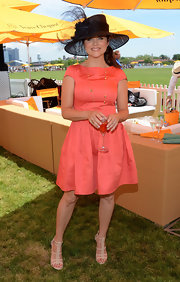 Tiffani Thiessen's nude strappy sandals and coral dress at the Veuve Clicquot Polo Classic were a flawless pairing.