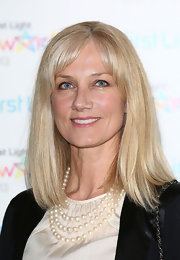 Joely Richardson kept her look very mature and sleek with a straight cut with blunt bangs, which she swept to the side for a more relaxed look.