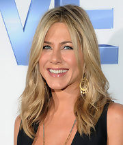 Jennifer Aniston looked lovely at the 'Five' screening in NYC wearing minimal makeup.