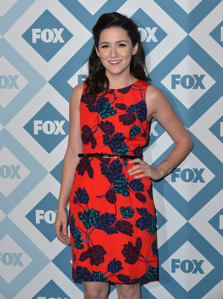 More Pics of Shannon Woodward Print Dress (1 of 4) - Shannon Woodward Lookbook - StyleBistro