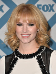 Claudia Lee looked oh-so-cute at the Fox All-Star party with her voluminous curls and choppy bangs.