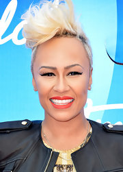 Emeli Sande rocked her signature platinum blonde fauxhawk at the 'American Idol' results show.