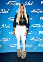 Nicki Minaj rocked a cropped leather jacket at the results show of 'American Idol.'