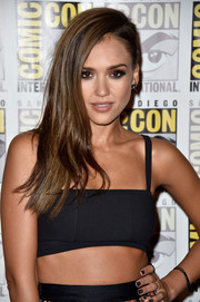 Jessica Alba donned a severe side sweep at the Comic-Con 2014 press line for 'Frank Miller's Sin City: A Dame To Kill For.'
