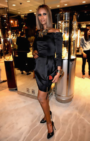 Iman donned a chic LBD at the Fred Leighton soiree during New York Fashion Week. Her sleek patent leather pumps were the perfect complements to her chic dress and intricate jewelry.