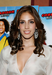 Sandra wore her chestnut tresses in pretty curls for the 'Free Style' Premiere in NYC.