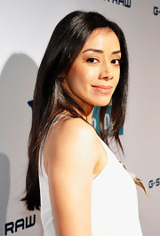 Aimee Garcia let her long raven tresses flow for a casual look at the G-Star Rodeo Drive Store Opening.