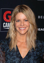 Kaitlin Olson wore her hair in subtly wavy layers at the 2018 GO Campaign Gala.