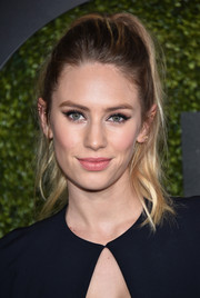 Dylan Penn sported winged liner for an eye-popping beauty look.