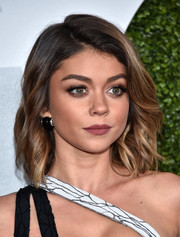 Sarah Hyland showed off a cute wavy lob at the GQ 20th Anniversary Men of the Year party.